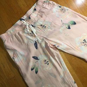 Gilligan & O'Malley pink floral pajama bottoms